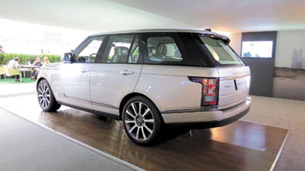 La RR es el Jumbo de Land Rover. Sólo comparable a un Rolls-Royce.