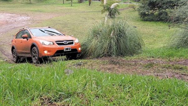 El despeje del suelo de 22 centímetros permite superar obstáculos importantes.