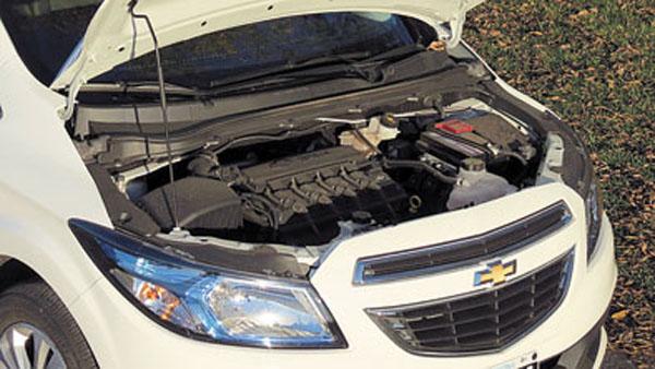 El veterano motor 1.4 8v recibió cambios. Ahora es más silencioso y económico.