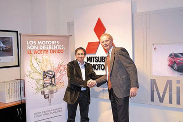 El Convenio Marco de Cooperación se basa en la recomendación de los lubricantes Shell Helix para mantener el alto rendimiento del  motor en todos los vehículos Mitsubishi.