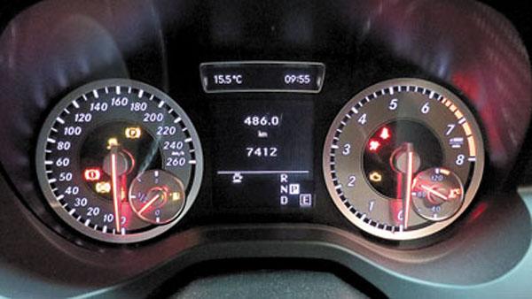 El tablero graduado hasta 260 km/h no es ninguna exageración.