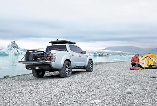 Renault no la presentó como una pick-up de trabajo: la asoció con la tarea de un fotógrafo de paisajes.