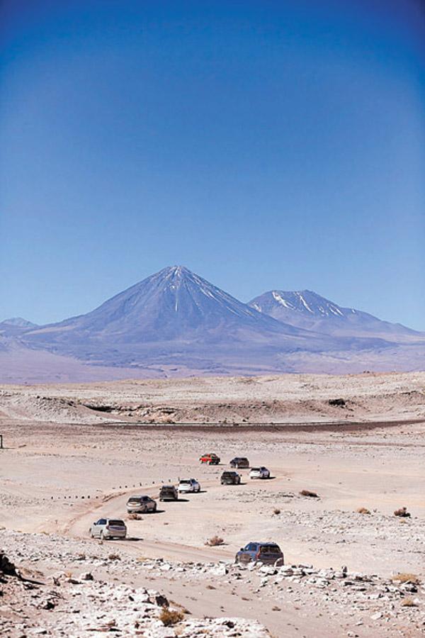 Fueron dos días de manejo por el desierto de Atacama, en Chile.