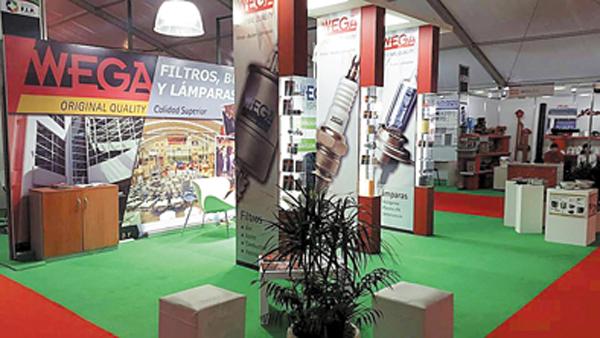 La exposición de la industria local se realizó en la Universidad Nacional de La Matanza