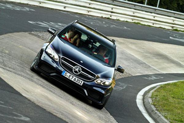 Lubri-Press giró cuatro veces (más de 80 kilómetros) en el Nordschleife con el Mercedes-AMG.