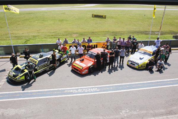La ACTC y Bardahl pusieron en pista tres Turismo Carretera para el Sponsor Day.