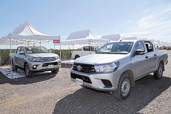 Después de diez años, Toyota renovó por completo a la pick-up Hilux.
