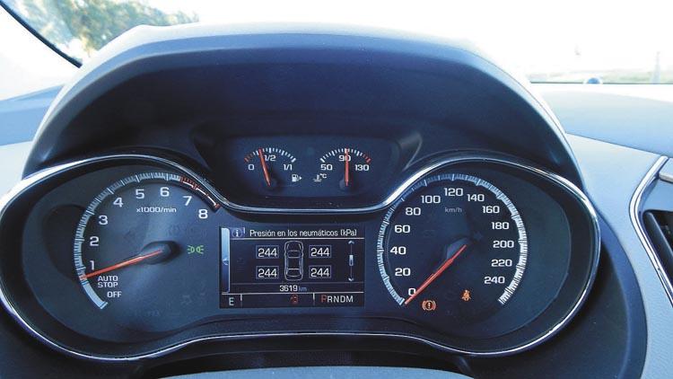 La computadora de abordo ofrece hasta información en tiempo real de la presión de los neumáticos.