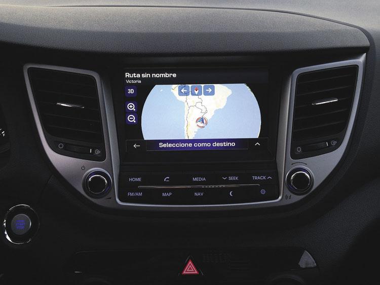 La gran diferencia con la Sportage: pantalla táctil multimedia y con GPS, de serie en todas las Tucson.