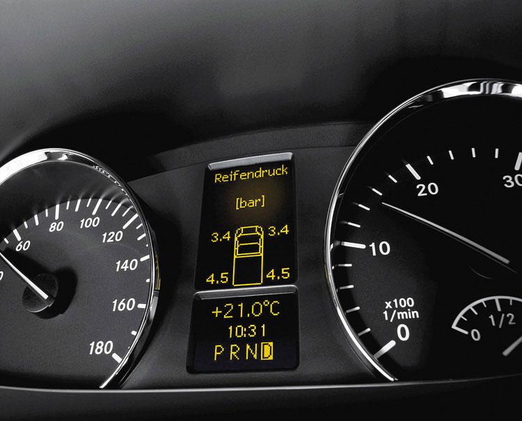 También cuenta con monitoreo de presión de neumáticos en tiempo real.